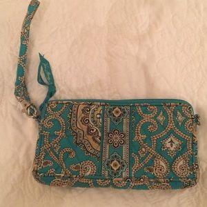 VERA BRADLEY wristlet purse
